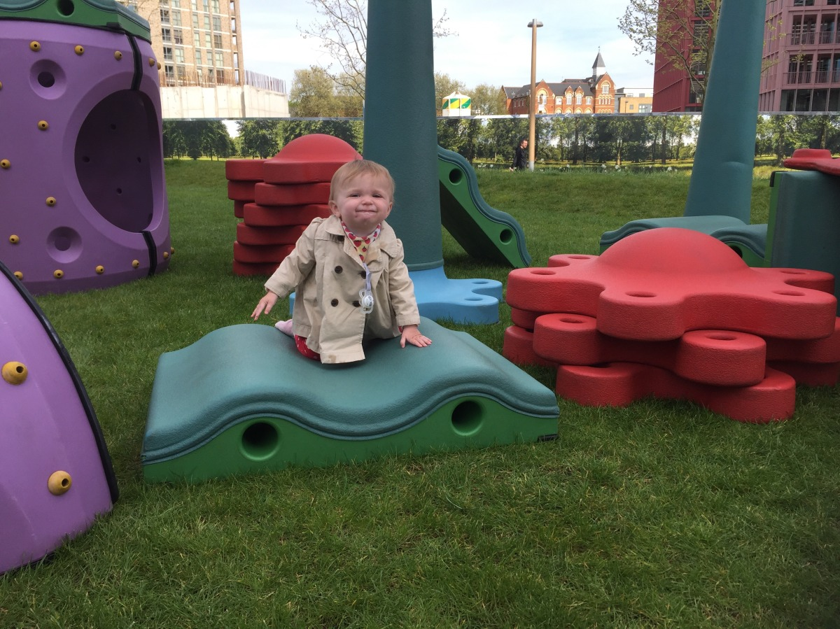 Create infinite play landscapes at SNUG in the park behind King's Cross station